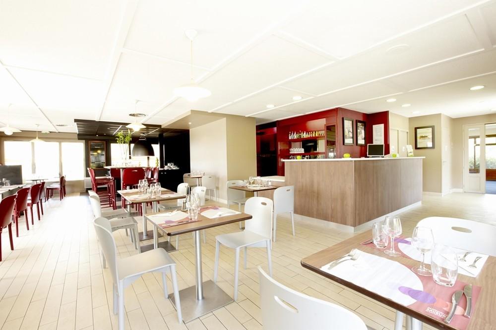 Campanile salon de provence salle s minaire aix en - Hotel le mas du soleil salon de provence ...