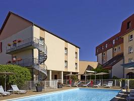 Ibis Beaune Center - Seminarhotel mit Swimmingpool