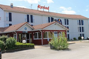 Kyriad Dijon Longvic - Conference Hotel in Burgundy