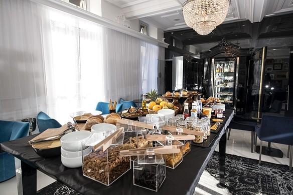 Vertigo Hotel - Breakfast