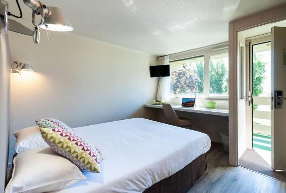 Campanile Beaune - Room