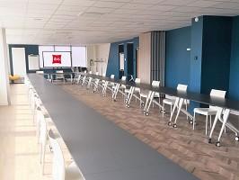 Ibis Dijon Gare - Sala de seminarios equipada