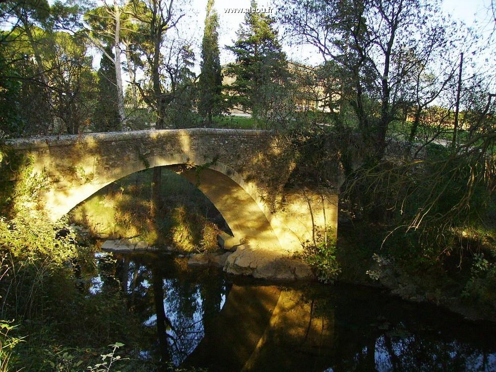 Domaine du Mas Bridge - Römische Brücke