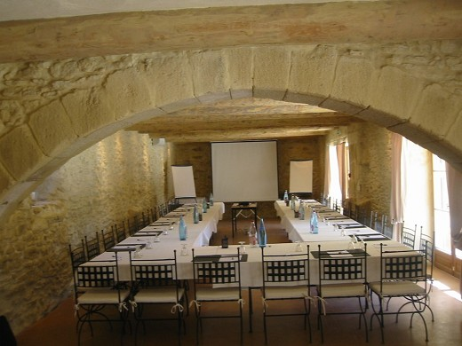 Domaine des escaunes - bright meeting rooms