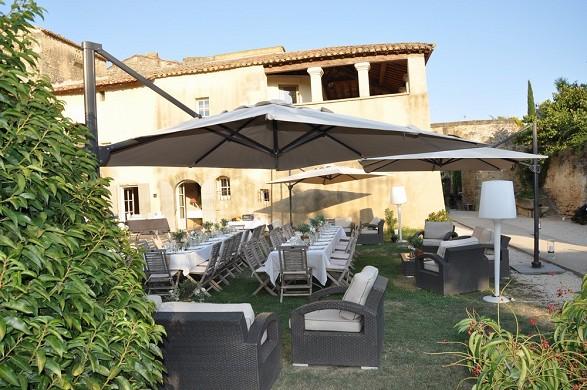 Domaine des escaunes - sus almuerzos y cenas en nuestros jardines