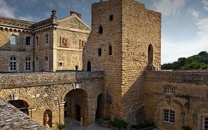 Chateau De Rochegude - Facade of the castle