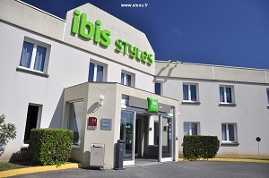 Ibis Styles Gien - Hotel Front