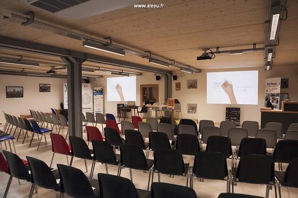 Forum titi, el espacio cooperativo - sala de conferencias