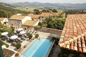 Hostellerie Berard - piscina