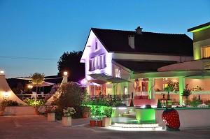 Auberge du Parc - Evening