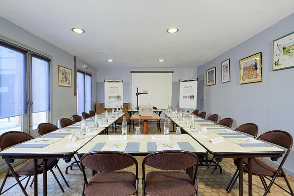 Kyriad direct epinal - seminar room
