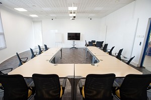 Grand Est Meeting Space - Room 1