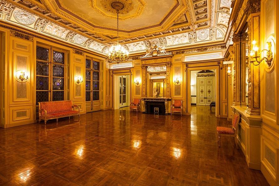 Vivienne Palace - Sala de Recepción