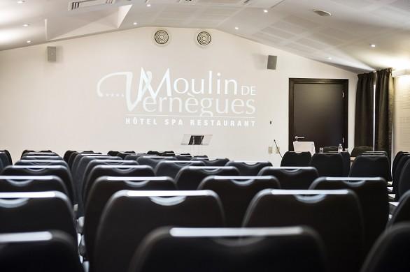 Moulin de vernegues - sala de reuniones