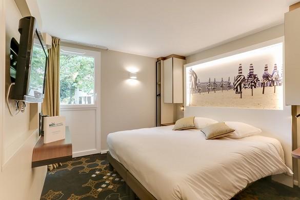 Brit hotel caen north memorial - room