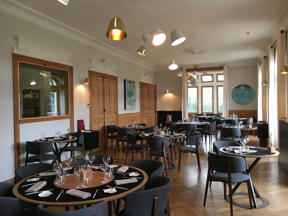 H tel restaurant eclosion for Agastache cuisine