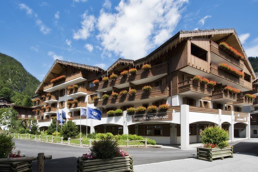 Nel cuore del villaggio - hotel per seminari 5 stars