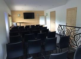 Albergue Portout - teatro Sala de reuniones