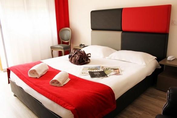 Adonis Aix-en-Provence - Habitación
