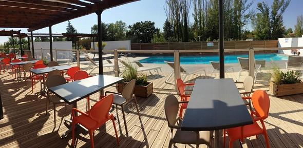 Adonis aix-en-provence - terrasse et piscine