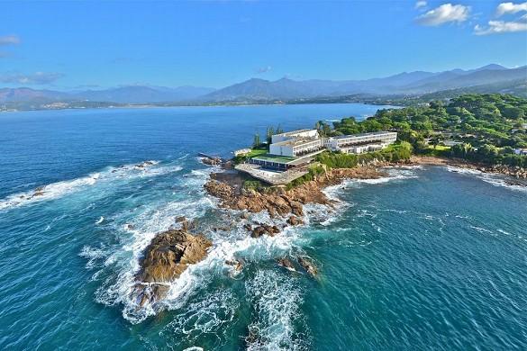 Sofitel golfo de ajaccio thalassa sea and spa - vista aérea del hotel