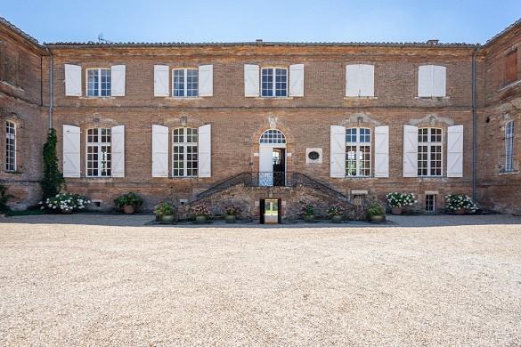 Castello Varennes - facciata