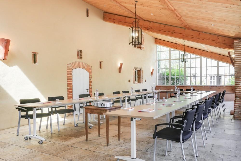 Domaine du t - meeting room