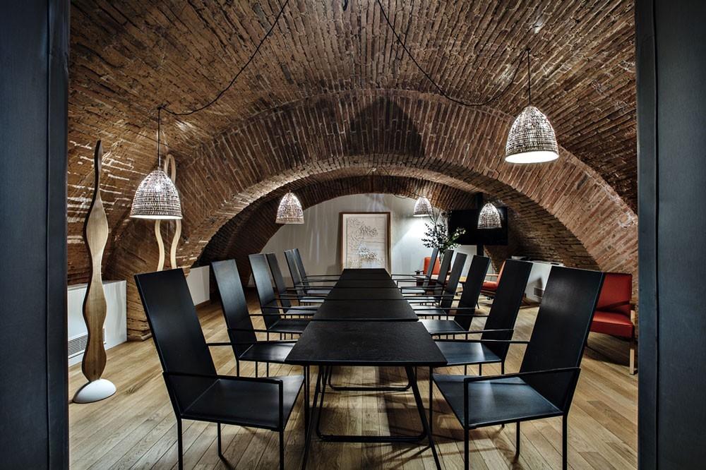 Villa du taur - meeting room