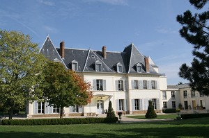 Châteauform 'The Meadows of Ecoublay - Castle seminar Seine-et-Marne