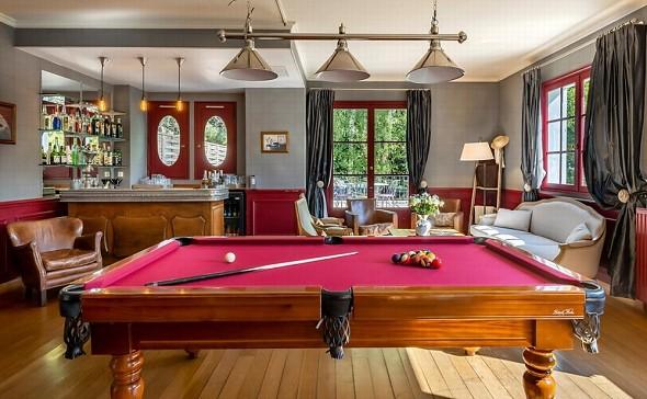 Châteauform 'les Prés d'Ecoublay - billiards