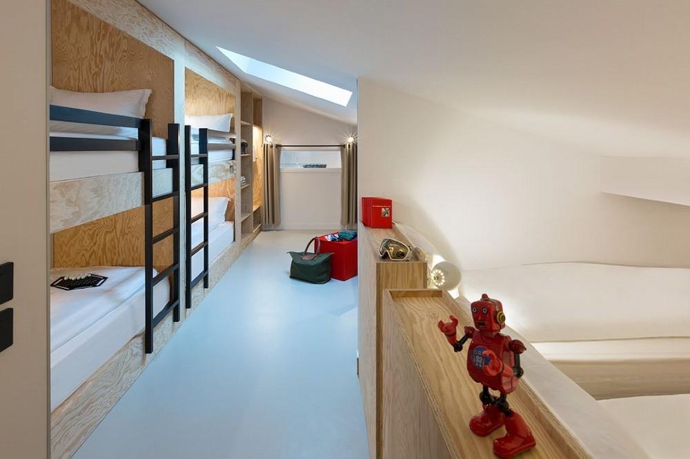Rocky pop hotel - accommodation