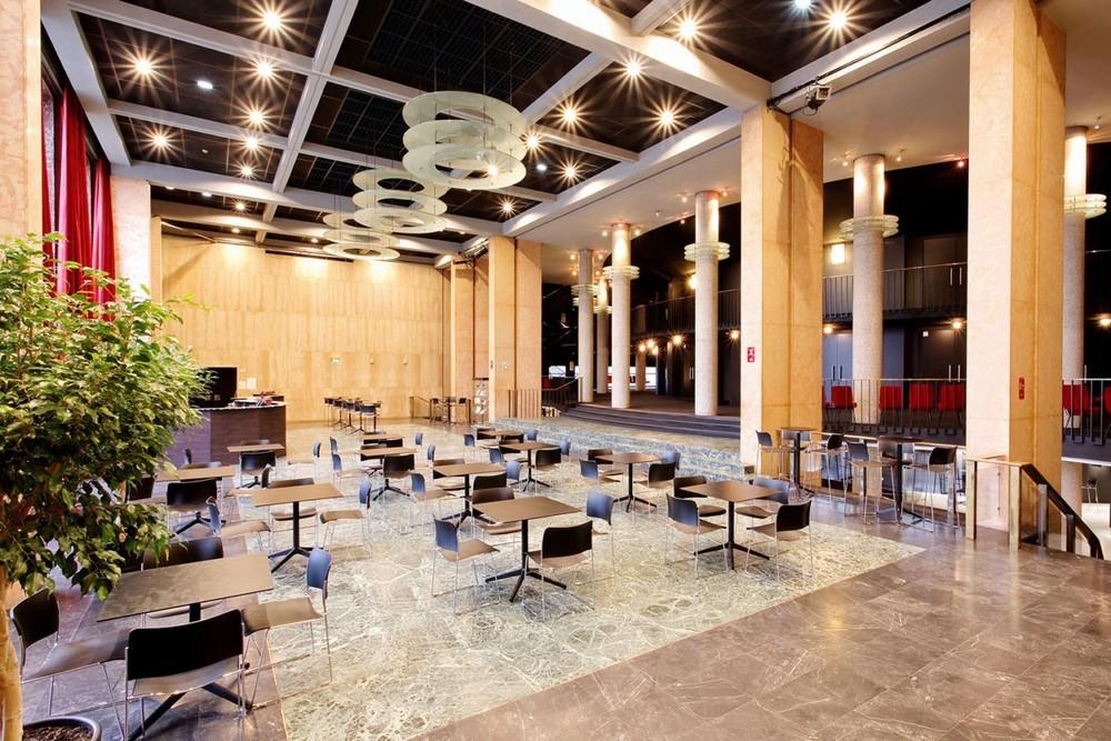 Foyer Des Art : Thé tre des arts salle séminaire rouen