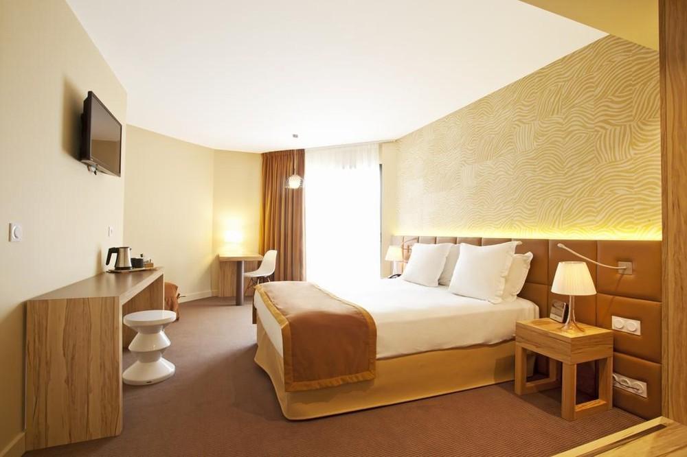 Best western hotel le paradou salle s minaire avignon 84 for Chambre western