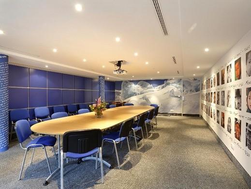 Chalet hotel vacca park - seminar room