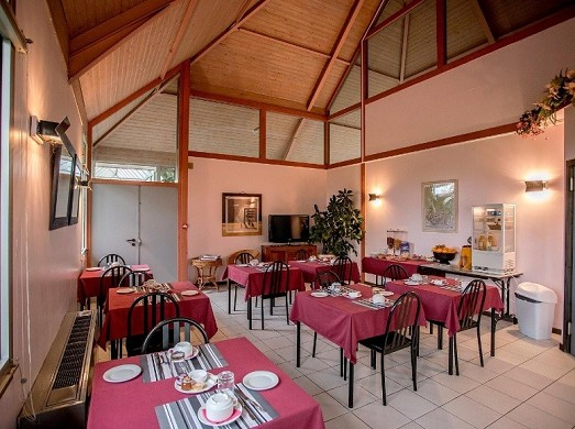 The thatched cottage - restaurant room