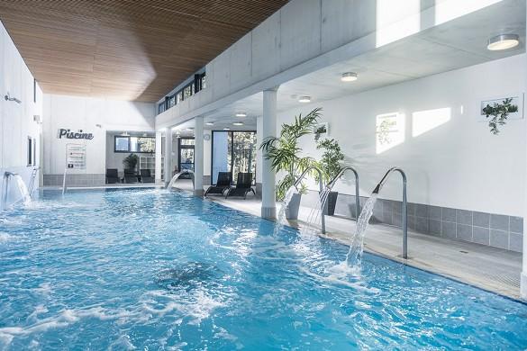 Domaine lou capitelle und Spa - beheizter Innenpool mit Balneotherapie