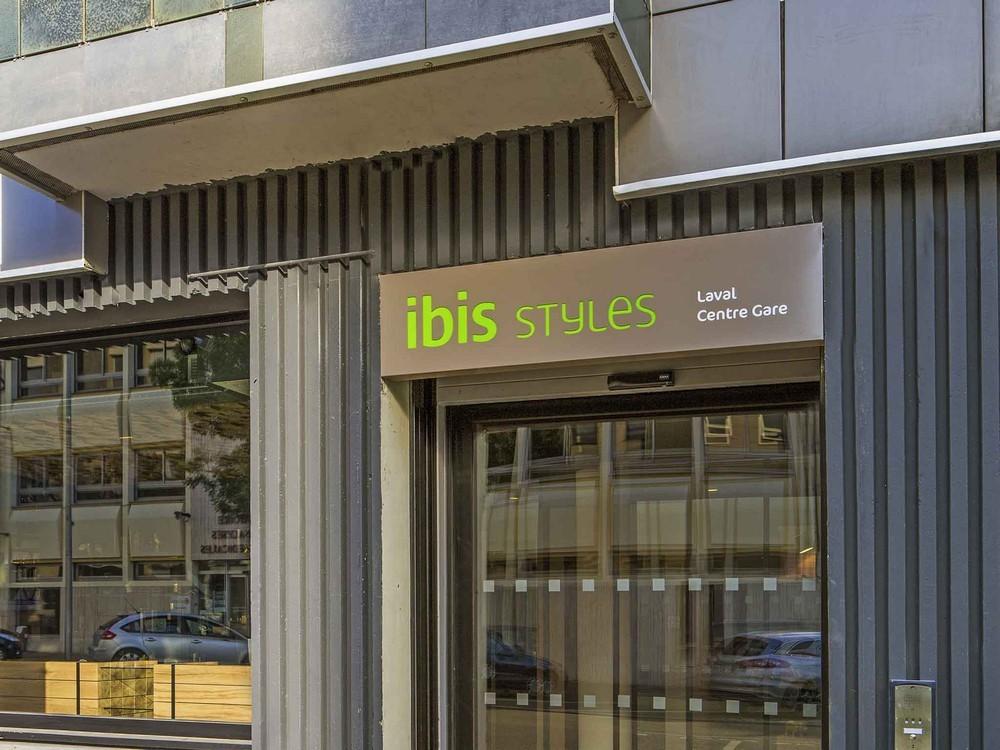Ibis Styles Laval Centre Gare   Salle S U00e9minaire Laval  53