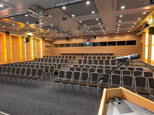 Novotel marne la vallee noisy le grand - seminar room