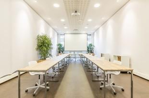 Be Coworking - Porte Montmartre - U-shaped room