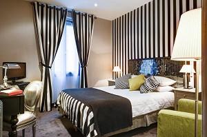 Ze Hotel - Accommodation
