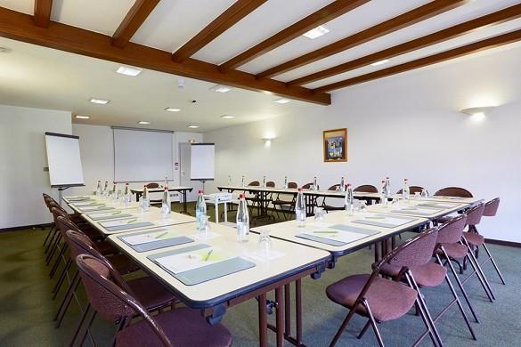 Centro esposizioni campanile colmar - sala seminari