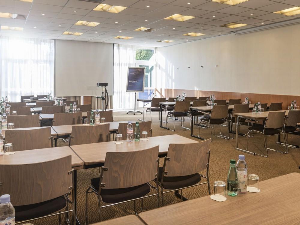 novotel paris nord expo h tel restaurant 4 20 minutes. Black Bedroom Furniture Sets. Home Design Ideas