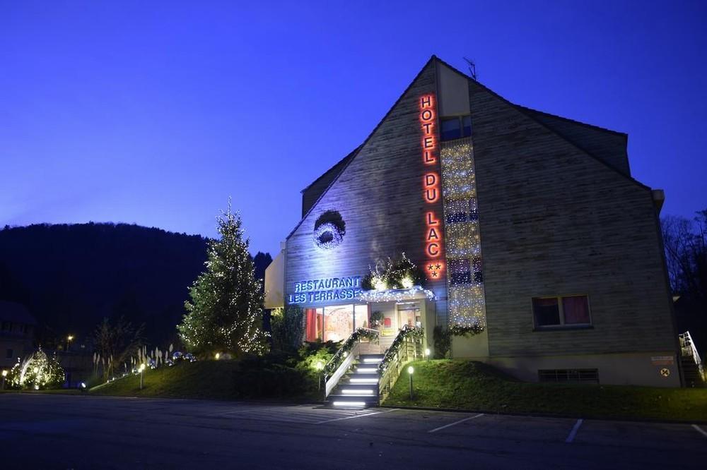 Lake Domain - Lake Hotel