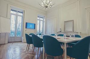 The Rive Lyon - Study Room