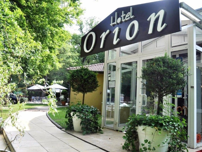Hotel orion - recepción del hotel