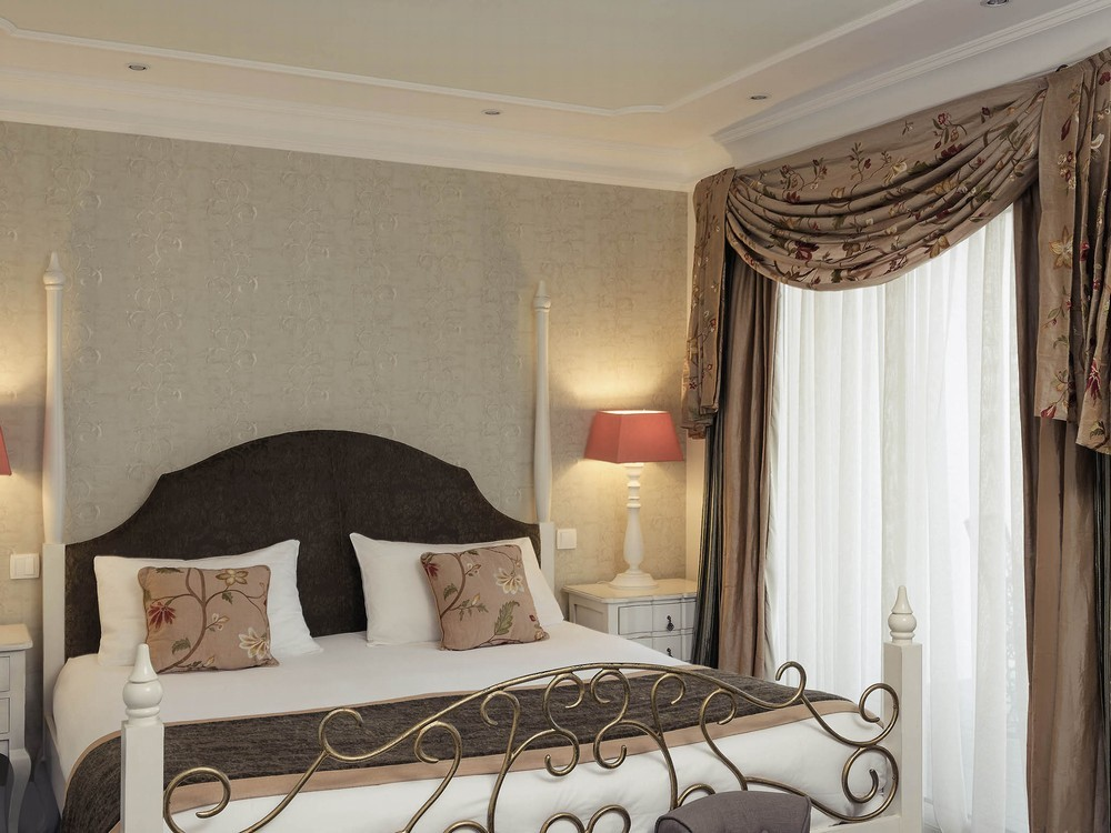 mercure villeneuve sur lot moulin de madame salle. Black Bedroom Furniture Sets. Home Design Ideas