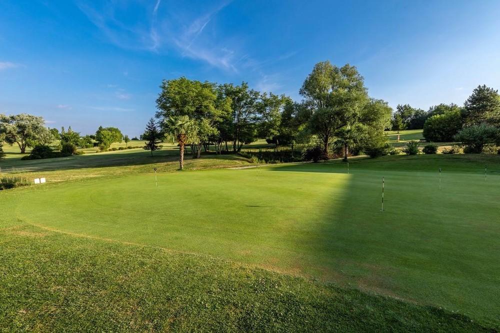 Vacanceole - zona de golf de Albret - jardín