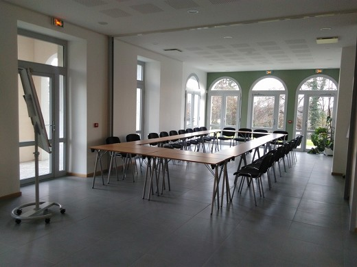 The closed berthet - seminar room