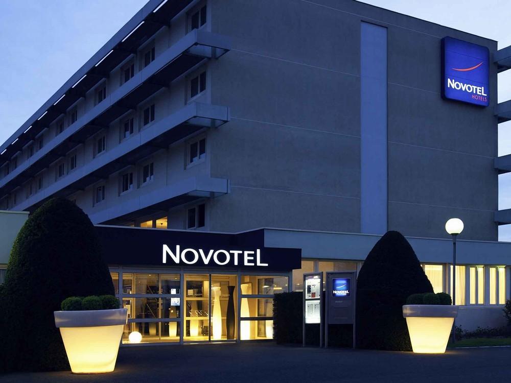 Novotel Poissy Orgeval - Hotelfassade