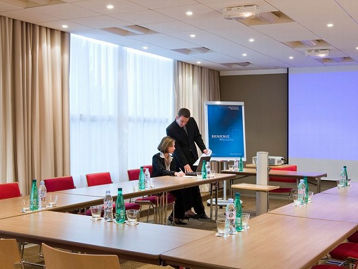 Novotel Poissy Orgeval - meeting room u